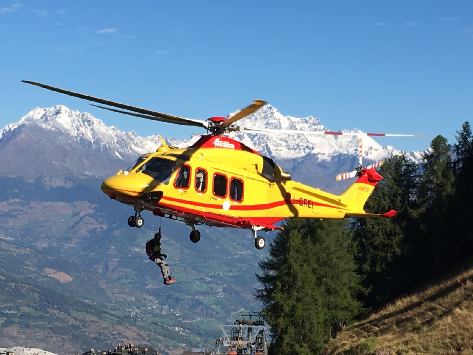 Elicottero 139 : Avionews elicottero aw 139 utilizzato dal soccorso alpino